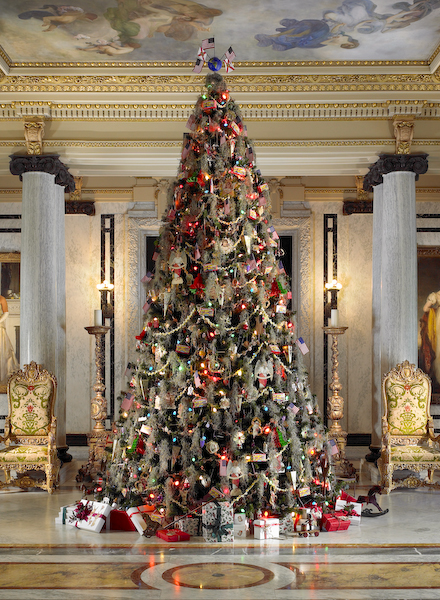 whitehalls first floor is decorated in traditional gilded age splendor through christmas day each year the focal point is a 16 foot tall christmas tree in
